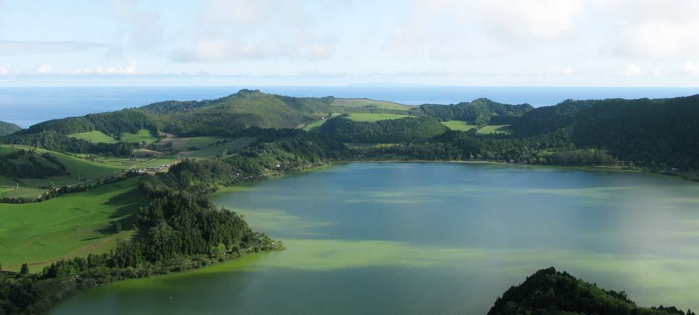 Azoren Singlereisen und Flüge für Alleinreisende