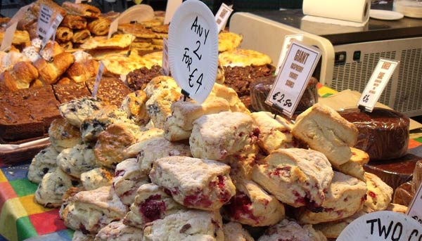 Frische Scones auf dem Temple Bar Food Market