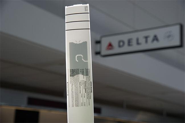 delta airline, rfid, solo, urlaub, reisen, travel, gepäckaufgabe, flughafen