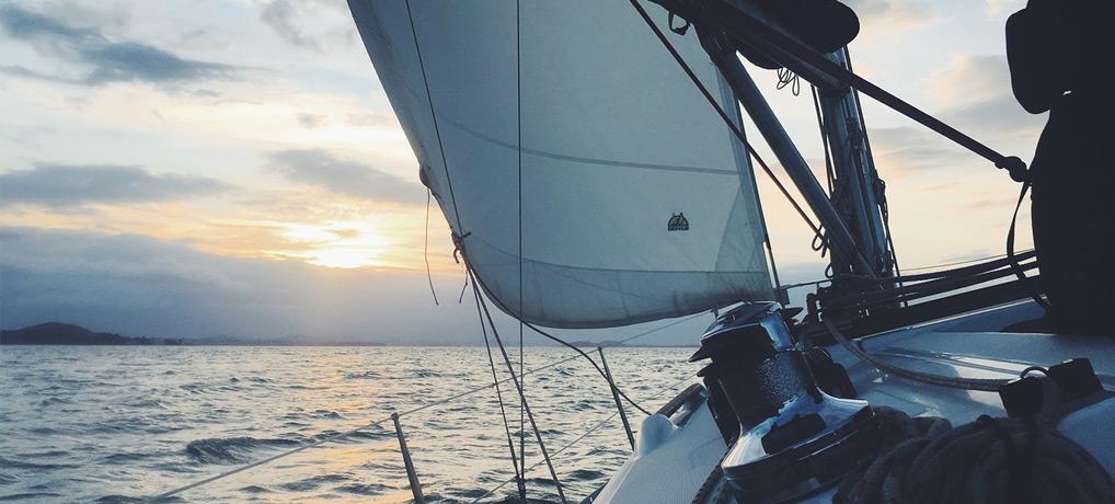 segeln, singleurlaub, alleine reisen, solo travel, sailing, hand gegen koje