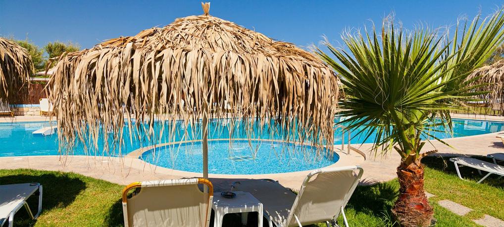 pauschalreisen, versteckte kosten, hotel, zusatzkosten, singleurlaub, minibar, alleine reisen