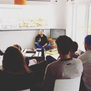 Sehr persönliche und  intensive Master-Classes auf der Nomadweek (Bild: instagram.com/nomadweek)
