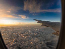 billige fluege finden tipps, sparen reisen urlaub solo travel