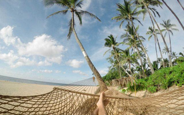 reisen finanzieren geld für urlaub sparen tipps